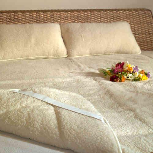 Sleepy-NATUR Gyapjú GARNITÚRA 600gr m2 - Sleepy matrac Gyapjú takarók 45e894fc92